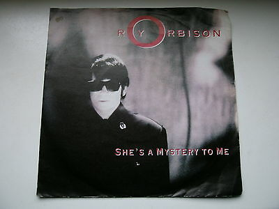 """7"""" Single - ROY ORBISON - SHE´S A MYSTERY TO ME - CRYING"""