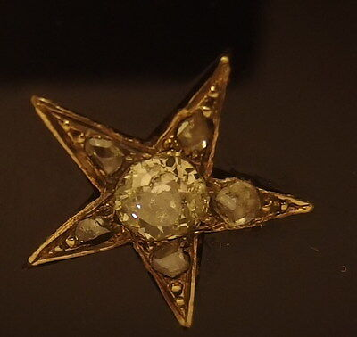 2241 Unique 18K Gold, Onyx & Diamonds Flap-Pin Or Brooch Five-Pointed Star, 1920