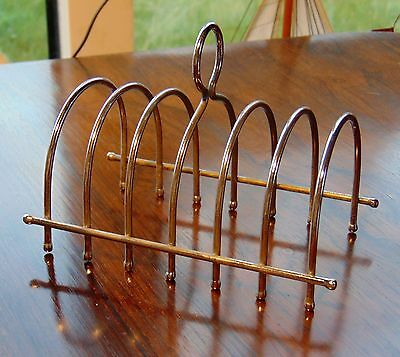 Silver plate 6 serving toastrack.