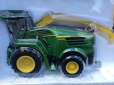 1/32 Scale Ertl John Deere 8600 forage harvester tractor tracteur NEW OUT 45517