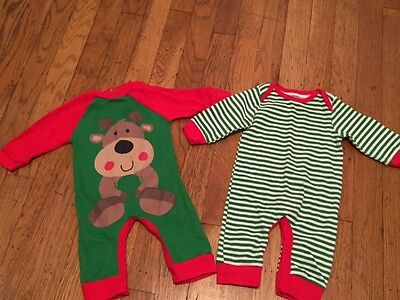 Baby Newborn 0-3 Months Christmas xmas Holiday Outfits Onesie LOT of 2 Gerber