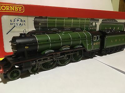 Hornby OO Gauge Super Detail Locomotive Class A3 Flying Scotsman No.4472 LNER