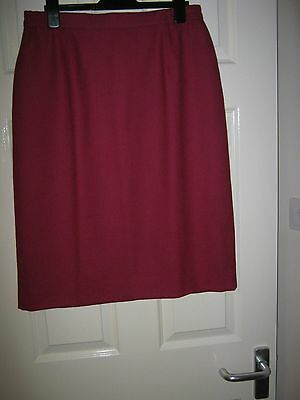 NWT Ladies Deep Red straight skirt SIZE 16