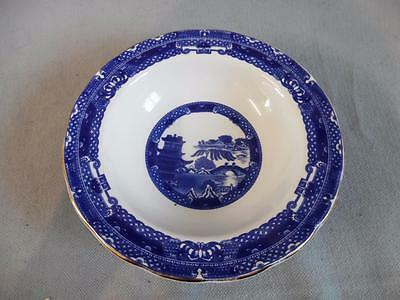 Wade - Pretty set of three willow pattern blue & white bowls by Ringtons