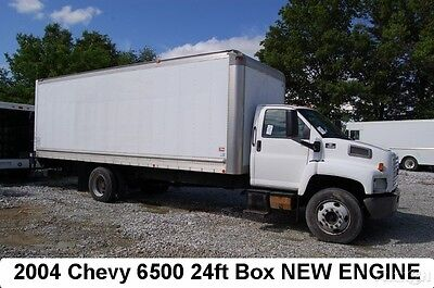 2004 Chevrolet C6500 24ft box truck New Cat C7 Diesel engine 1-Owner moving Used