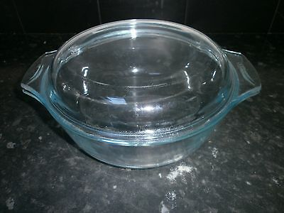Very Nice Large Clear Glass Pyrex Casserole Dish And Lid