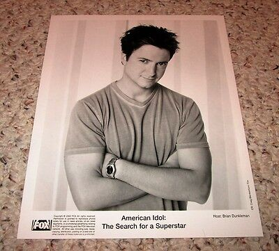 """""""American Idol: Search for a Superstar"""" 2002 Brian Dunkleman (host) bw 8x10"""
