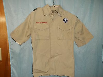 BOY SCOUT SHIRT Youth Medium - New w/ patches