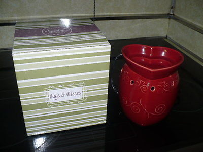 Hugs @ Kisses Scentsy Warmer EEUC Nice Used Very Gently RARE NO LONGER AVAILABLE
