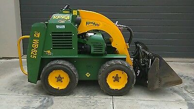 Kanga 8 Series 2012 loader WB825 compatible with Dingo type attachments