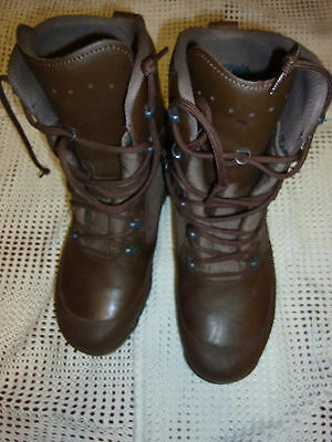 Haix Combat High Liability Mens Brown Leather Boots Size 9M  British Army Issue