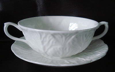 A Lovely Wedgwood Soup Coup And Saucer (Countryware )