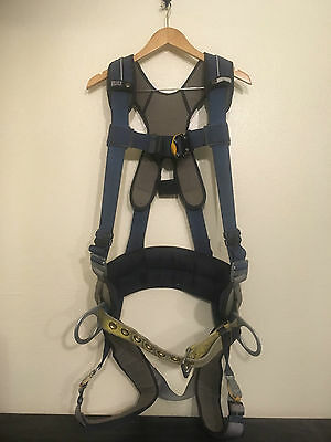 DPI SALA Exofit Vest Style Harness w Side D-rings, Quick Connect Buckles (MED)