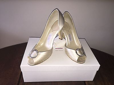 Wedding Shoes -Ivory, Peep Toe with Diamante detail Size 5. Vintage style
