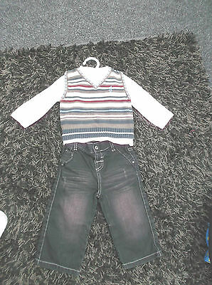 """mamas and papas""9/12 mnths  boys 3 piece outfit jeans t shirt and tank top"