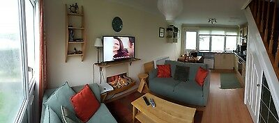 Modern 2 Bed Pembrokeshire Beachside Holiday Home 7 day stay!