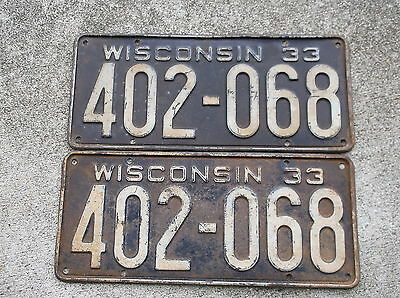 Wisconsin 1933  License Plate pair #  402 - 068
