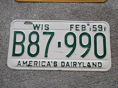 Wisconsin 1959  License Plate  #  B87 - 990