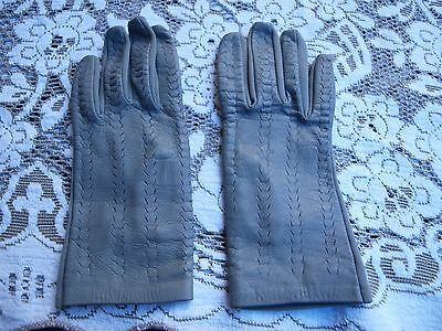 Beautiful Soft Ladies Grey Leather Vintage Gloves. New. Made In England. Sz : Sm