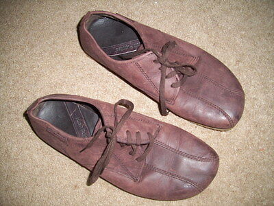 Hush Puppies  -  Chestnut Brown  Leather  - Lace Up Shoes  -  Size Uk10