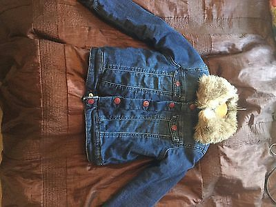 Girls H&M Beautiful Jacket With Fur Colour Age 5-6-7 122 cms