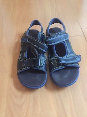 Boys Clarks Sandals Adult /Junior Size 1 G Very Good condition