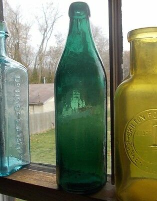 BEAUTIFUL TEAL GREEN WHITTLED UNEMBOSSED CONGRESS MINERAL WATER BOTTLE 1880s