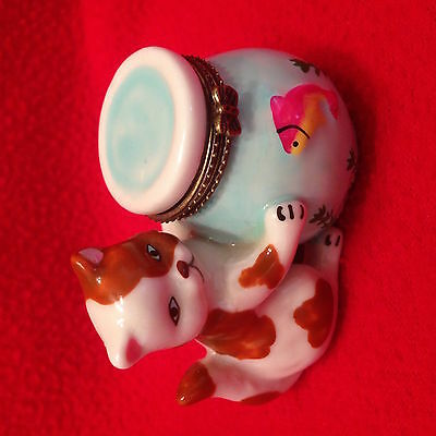 So Sweet! Porcelain Cat With Fish Bowl Trinket Box