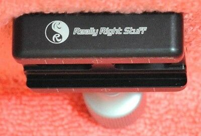 Really Right Stuff RRS B2-Duo: 60mm Sliding screw-knob clamp used