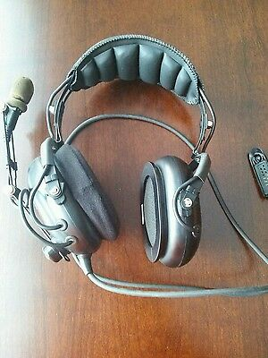 Motorola, AARMN4032A Headset, Over the Head, Over Ear, Noise Canceling Untested