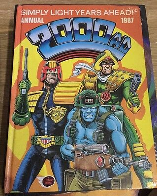 2000 Ad  Annual  1987   Very Good  Condition