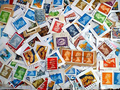 Box Of Gb Stamps  On Paper    Used  1.8 Kilos  Excluding Packaging