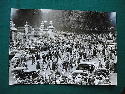 Antique Press Photo of Crowds of People at Queen Elizabeth II Coronation 1953