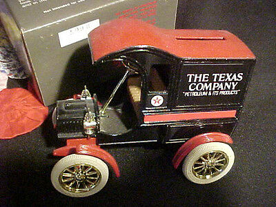 """VINTAGE TEXACO """"1905 FORD DELIVERY CAR"""" BANK ;#4 Of Collectors Series,MINT/ BOX."""