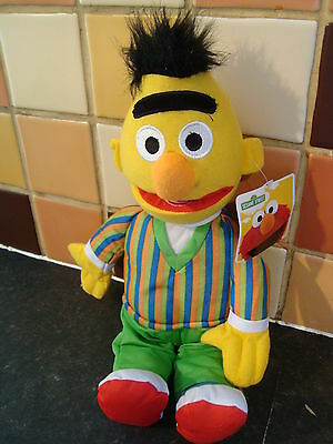 """Muppets Jim Henson Sesame Street Earnie 17"""" Soft Toy Figure  New With Tags Rare"""