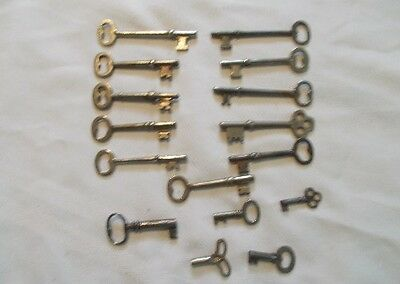 16 Vintage Skeleton Keys Assorted Keys, Watch/Clock & Cabinet   Steam Punk