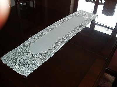 Lovely white vintage linen and lace table runner