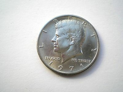 LARGE HARD TO FIND-KENNEDY 1/2 DOLLAR-COIN FROM THE USA -DATED 1971-nice grade
