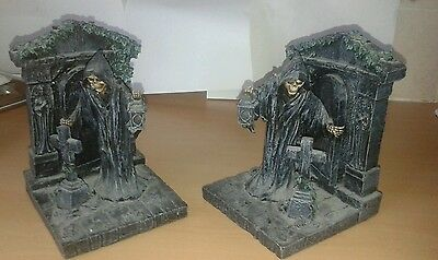 Nemesis Now Reapers Rest BOOKENDS Book Ends cloaked skeleton ivy crypt (rare)
