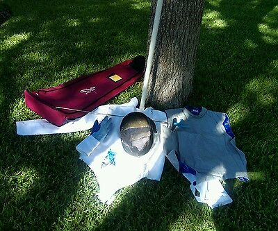 Blue Gauntlet Fencing Equipment with Bag