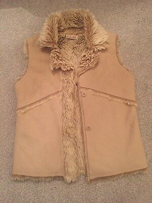 Next Girls Suede/ Fur Gilet Age 7-8 Years, VGC