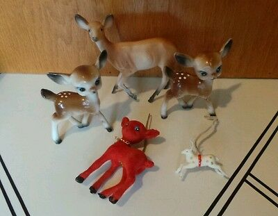 Vtg Lot of 5 Plastic Reindeer Rudolph Christmas Figurines & Red Flocked Ornament