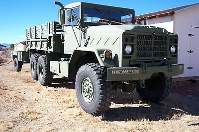 1989 BMY M923A2 5 TON 6x6 CARGO TRUCK, AND TRAILER