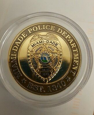 1 Police Miami Dade Challenge Coin in case