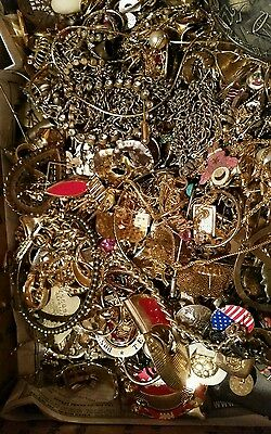 HUGE Gold Tone Jewelry 5+ LB LOT: Necklaces, Earrings, Etc. HARVEST Repurpose #2