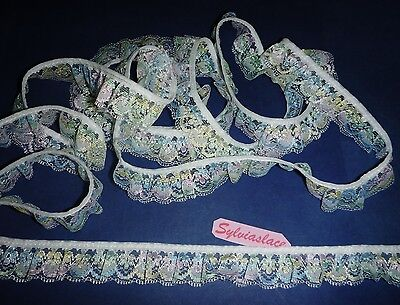 3 metres of Gathered Lace 30 mm width