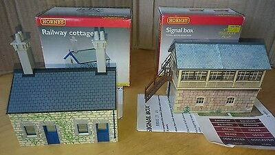 Oo Gauge Hornby R8005 Signal Box And R539 Railway Cottage.  Boxed