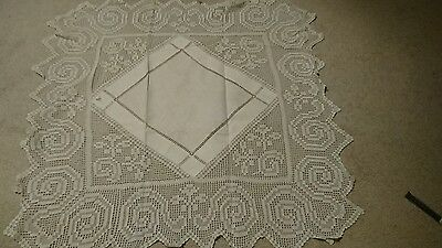 VINTAGE WHITE  LACE WORK / CROCHET TABLECLOTH 39 x 39 inches