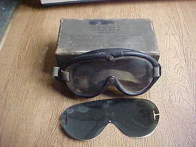 Vintage U.s.army Goggles In The Box M-1944
