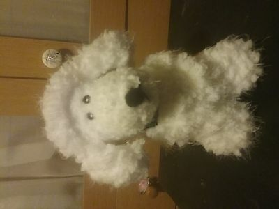 Knitted white poodle